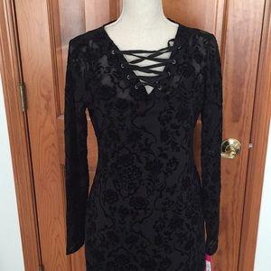 NWT XHilaration Lace Bodycon Dress w/slip